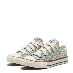 Little Miss Chuck Taylor All Star Low Top Sneaker